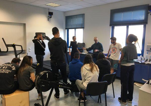 Εργαστηριακή συνεδρία φοιτητών του τομέα κλασικού αθλητισμού του ΣΕΦΑΑ στο εργαστήριο του Sports Excellence